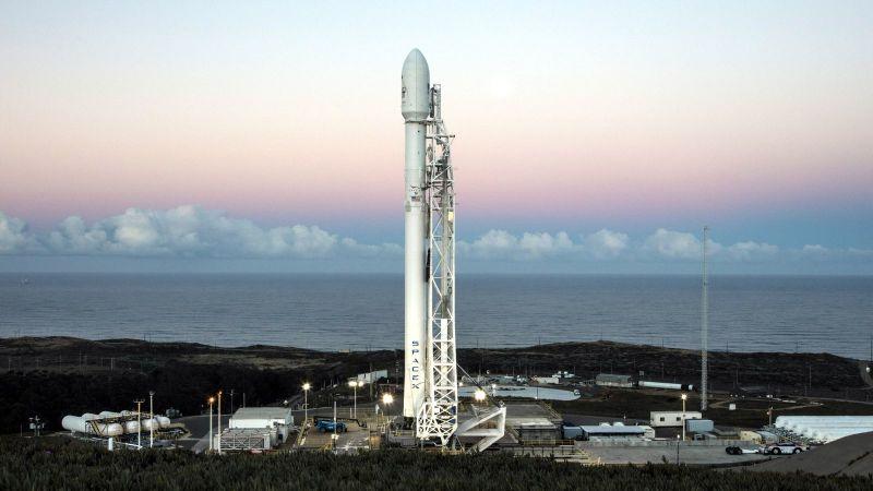"""SpaceX""""猎鹰9号""""火箭发射成功"""